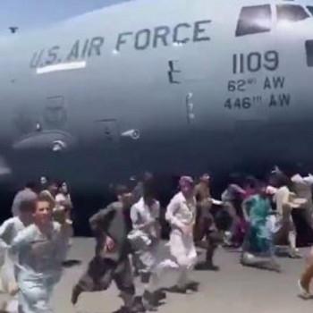 786725-thumb-full-720-s210816_kabul_aeroporto x70)